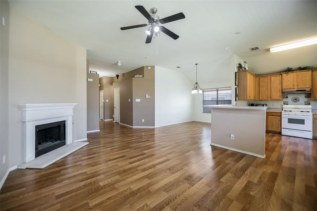 337 Willowlake  Drive, Little Elm, Texas 75068 - acquisto real estate best prosper realtor susan cancemi windfarms realtor