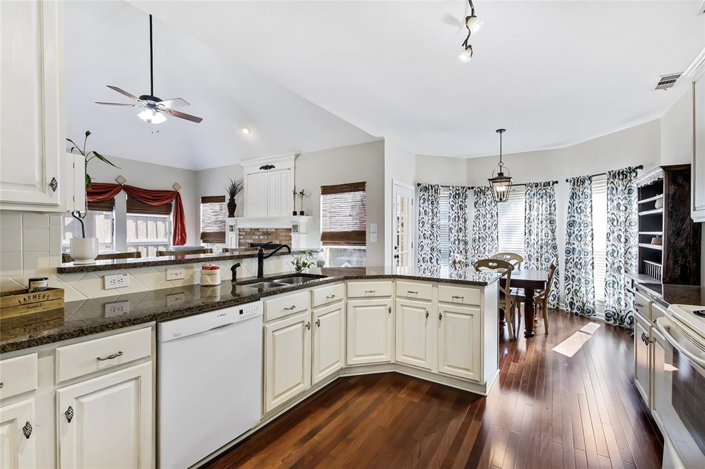 2404 Candlebrook  Drive, Flower Mound, Texas 75028 - acquisto real estate best listing agent in the nation shana acquisto estate realtor
