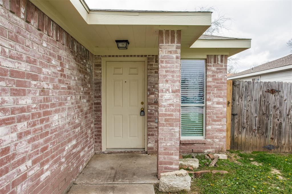 10632 Shadywood  Drive, Fort Worth, Texas 76140 - acquisto real estate best allen realtor kim miller hunters creek expert