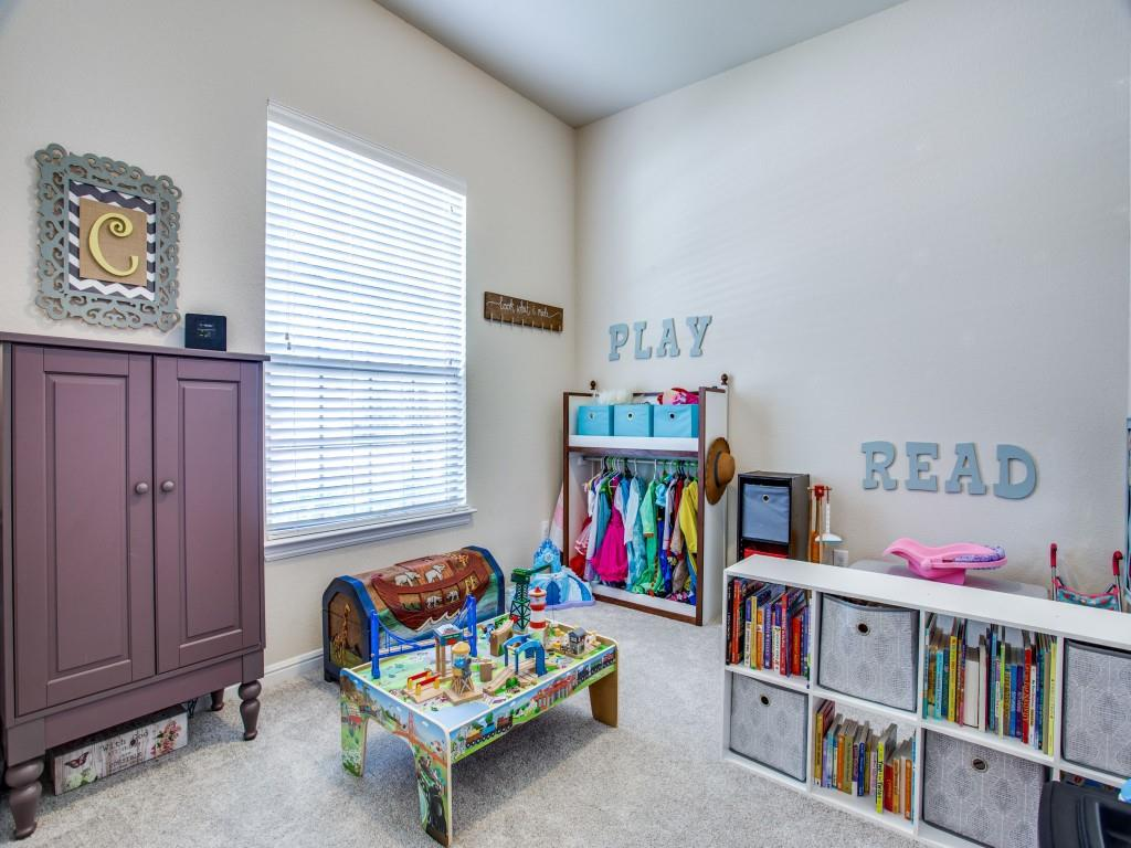 10413 Turning Leaf  Trail, Fort Worth, Texas 76131 - acquisto real estate best designer and realtor hannah ewing kind realtor