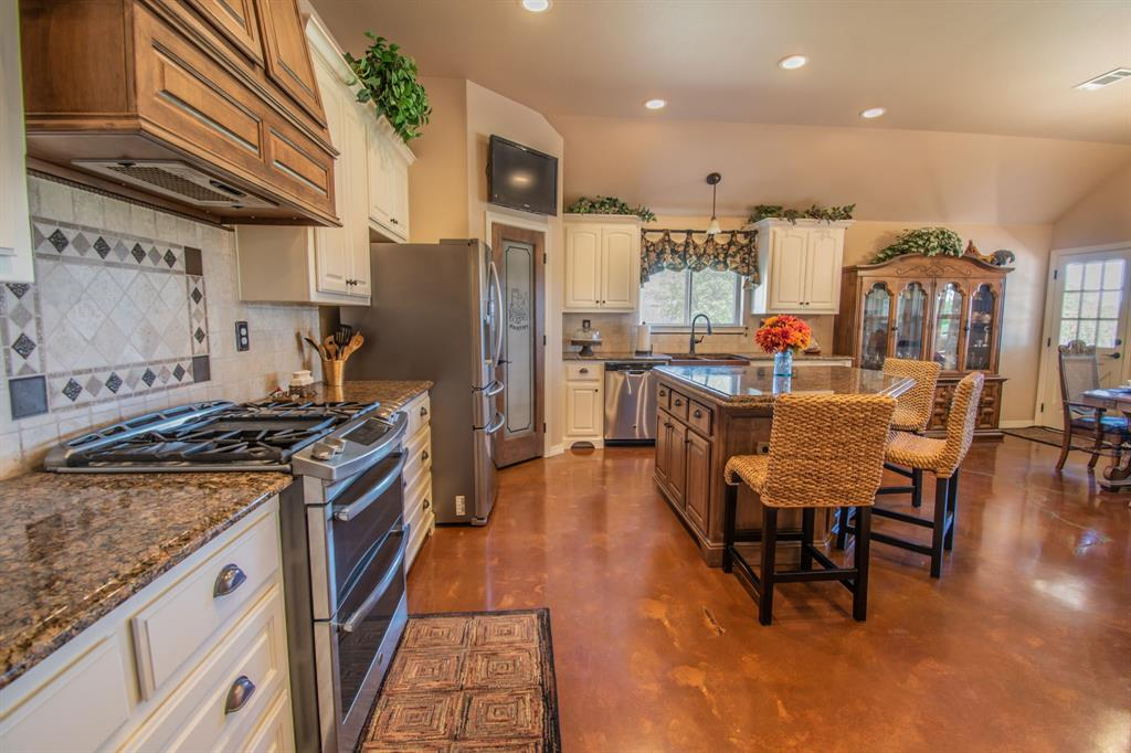 108 Shoreline  Circle, Weatherford, Texas 76088 - acquisto real estate best listing listing agent in texas shana acquisto rich person realtor