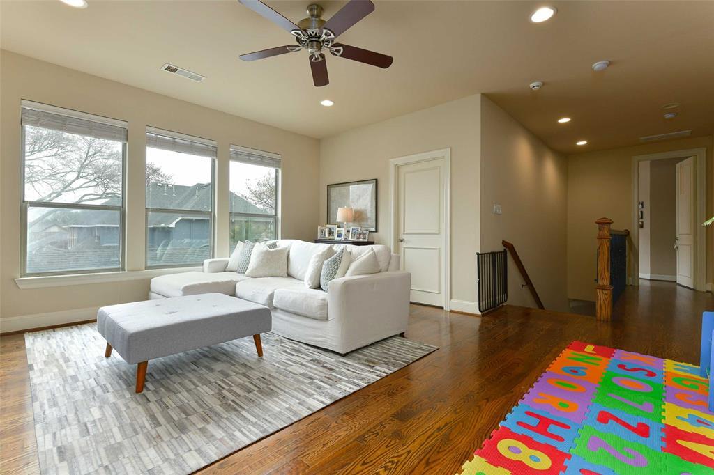 5226 Ridgedale  Avenue, Dallas, Texas 75206 - acquisto real estate best realtor westlake susan cancemi kind realtor of the year