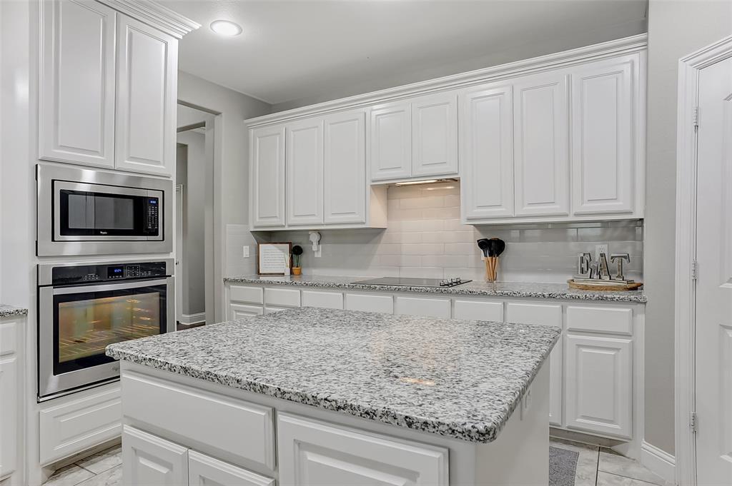 3401 Preston Club  Drive, Sherman, Texas 75092 - acquisto real estate best new home sales realtor linda miller executor real estate