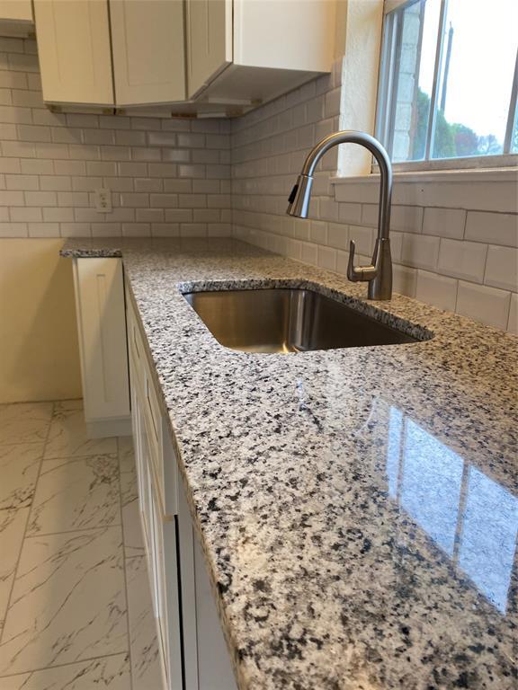 328 Suzanne  Terrace, Burleson, Texas 76028 - acquisto real estate best prosper realtor susan cancemi windfarms realtor