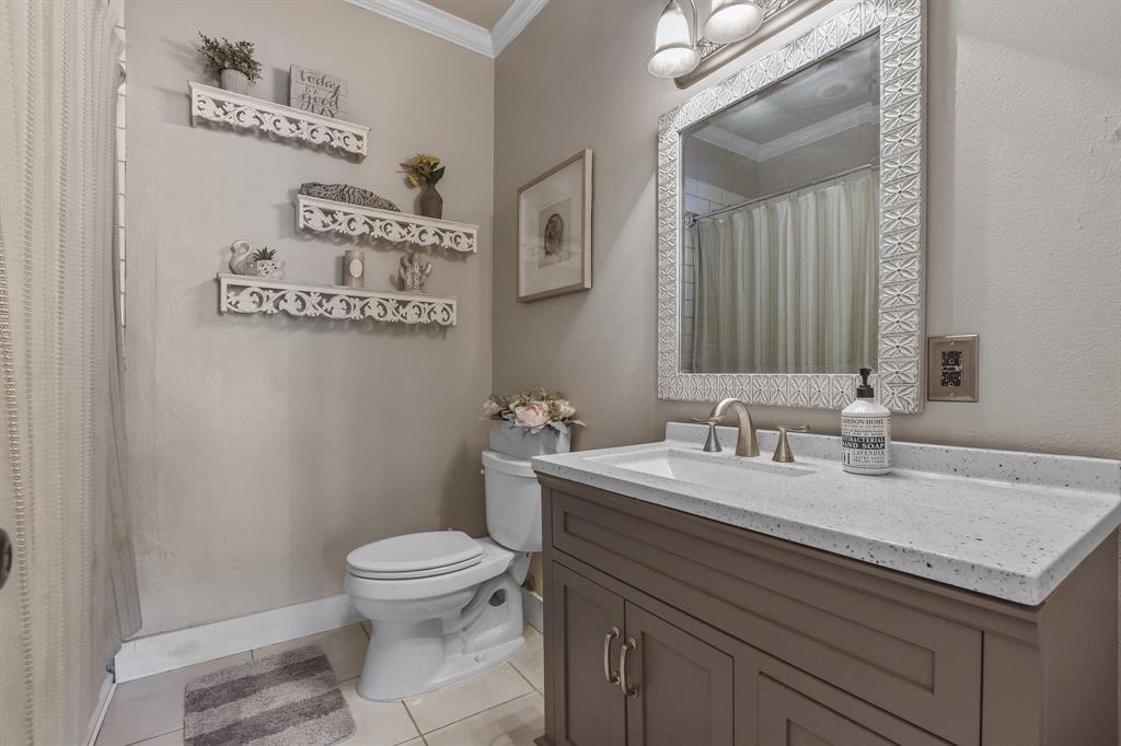 201 Pecan  Street, Terrell, Texas 75160 - acquisto real estate best investor home specialist mike shepherd relocation expert