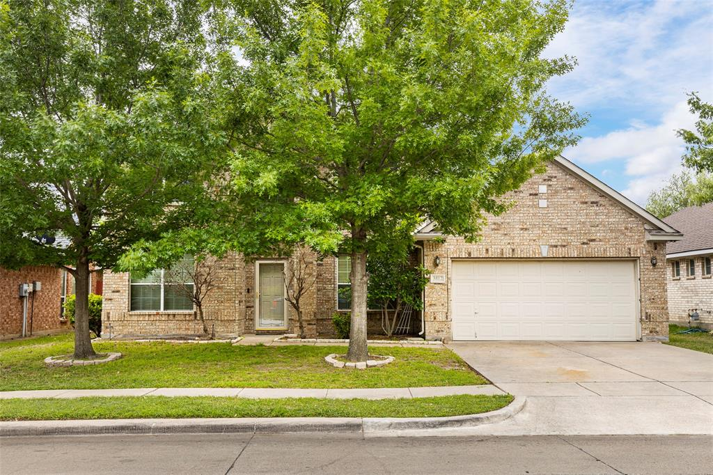 3812 Shiver  Road, Fort Worth, Texas 76244 - Acquisto Real Estate best plano realtor mike Shepherd home owners association expert