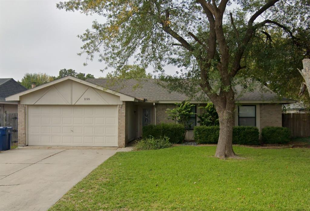 1125 Holbrook  Drive, Garland, Texas 75040 - Acquisto Real Estate best plano realtor mike Shepherd home owners association expert