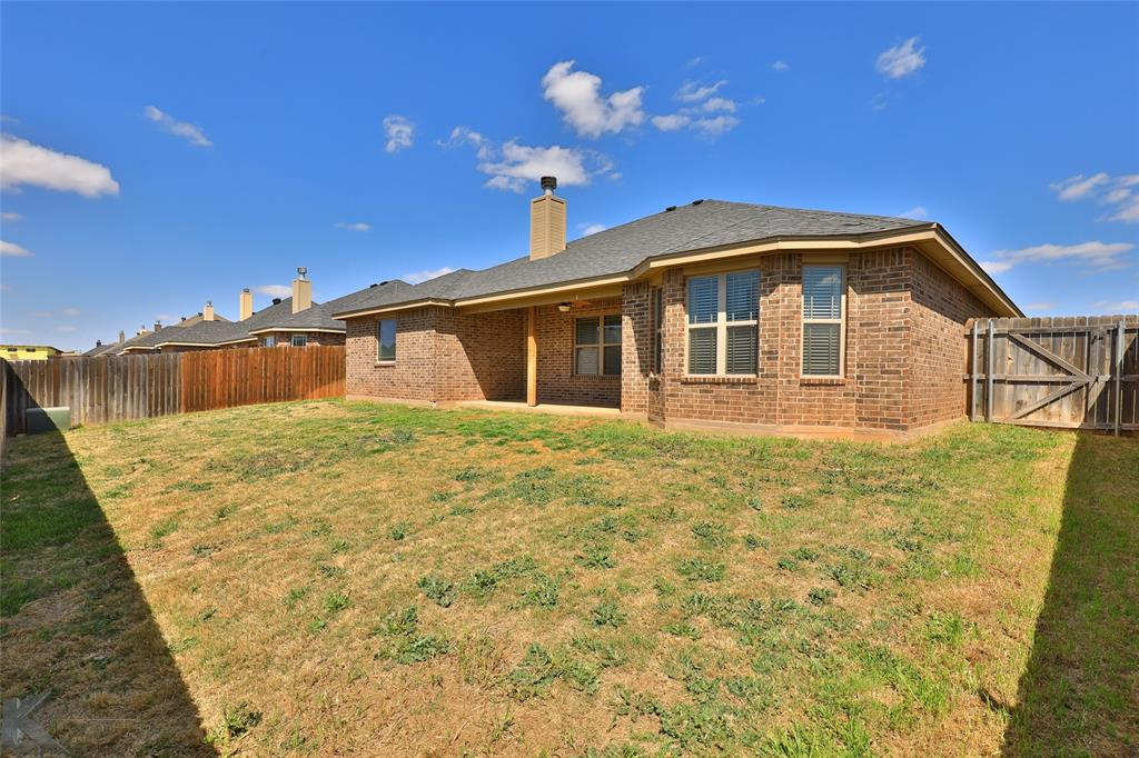 3110 Paul  Street, Abilene, Texas 79606 - acquisto real estate agent of the year mike shepherd
