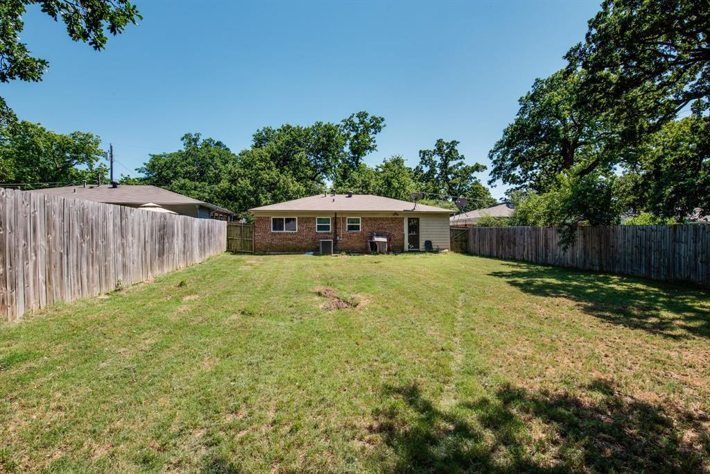 929 Ford  Street, Denison, Texas 75020 - acquisto real estaet best boutique real estate firm in texas for high net worth sellers