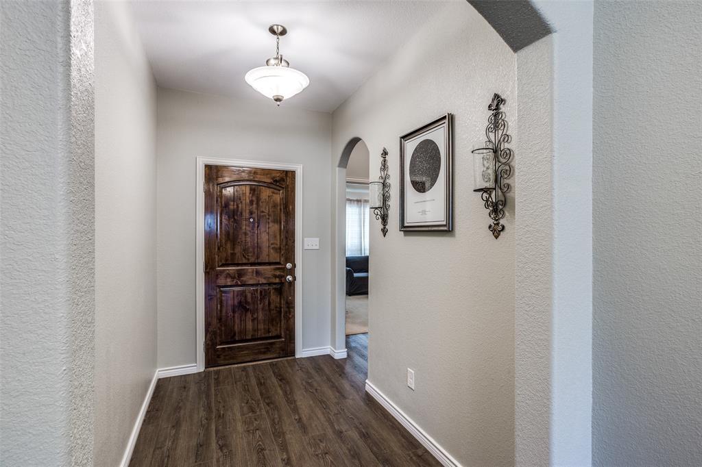2924 Greenway  Drive, Burleson, Texas 76028 - acquisto real estate best allen realtor kim miller hunters creek expert