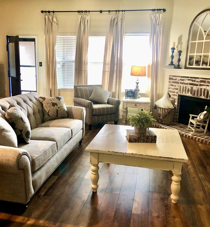 316 Chinaberry  Trail, Forney, Texas 75126 - Acquisto Real Estate best frisco realtor Amy Gasperini 1031 exchange expert