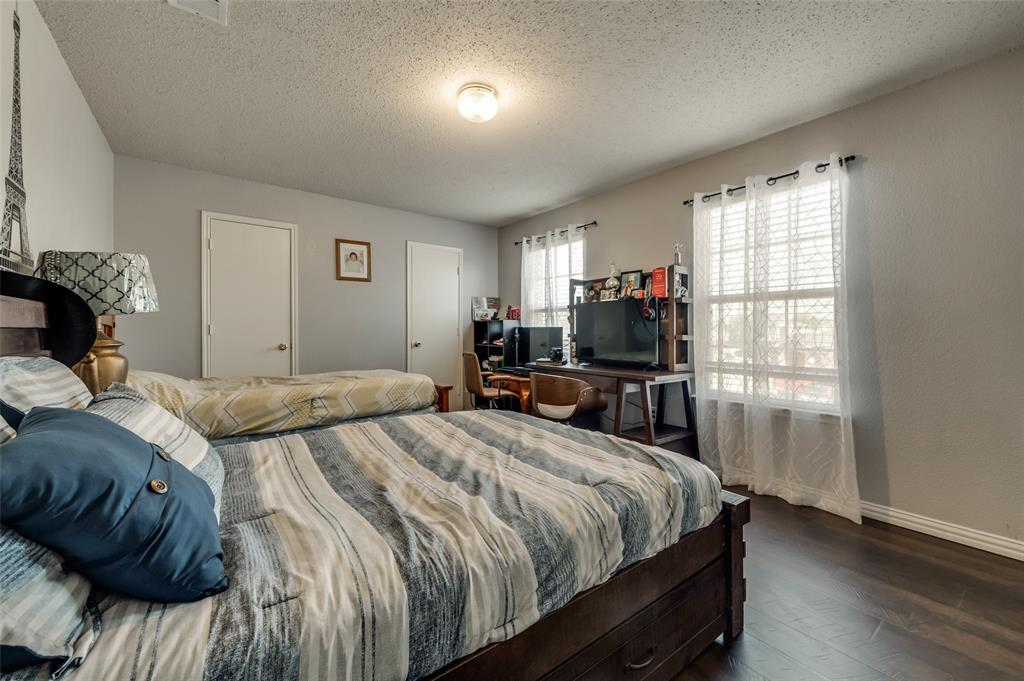 3509 Pampas Creek  Drive, Dallas, Texas 75227 - acquisto real estate best realtor dfw jody daley liberty high school realtor
