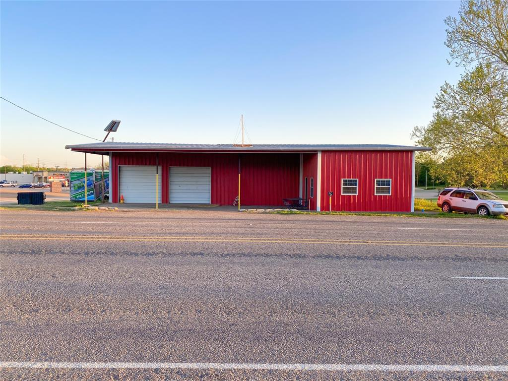 305 Garland  Street, Grand Saline, Texas 75140 - Acquisto Real Estate best frisco realtor Amy Gasperini 1031 exchange expert
