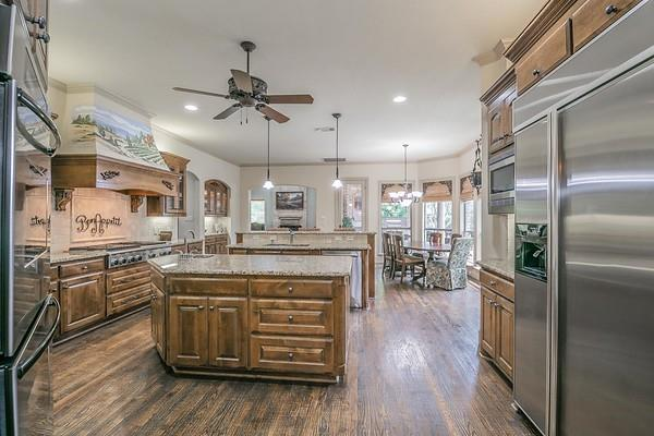 807 Worthing  Court, Southlake, Texas 76092 - acquisto real estate best designer and realtor hannah ewing kind realtor