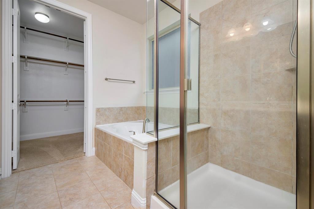 1395 Sandhurst  Drive, Roanoke, Texas 76262 - acquisto real estate best realtor dfw jody daley liberty high school realtor