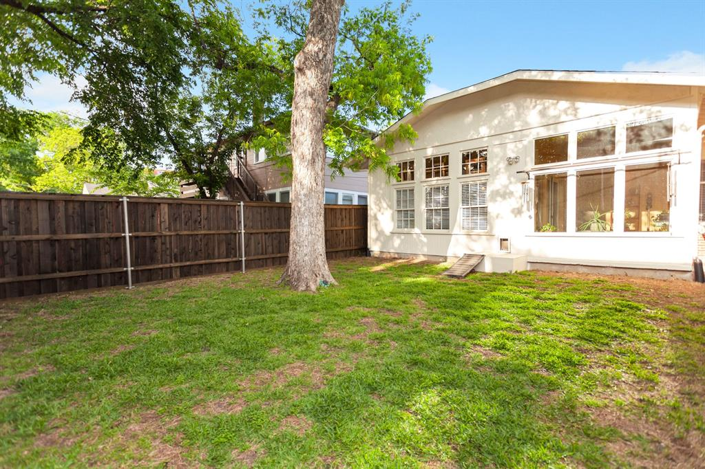 2260 Fairmount  Avenue, Fort Worth, Texas 76110 - acquisto real estate best realtor dallas texas linda miller agent for cultural buyers