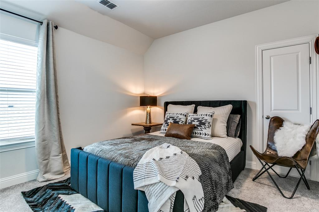 1704 Bellinger  Drive, Fort Worth, Texas 76052 - acquisto real estate best park cities realtor kim miller best staging agent