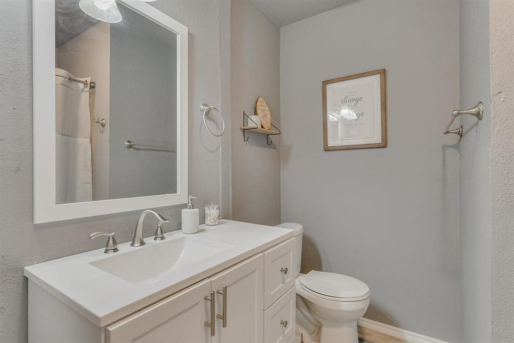 6529 Wooddale  Drive, Watauga, Texas 76148 - acquisto real estate best photos for luxury listings amy gasperini quick sale real estate