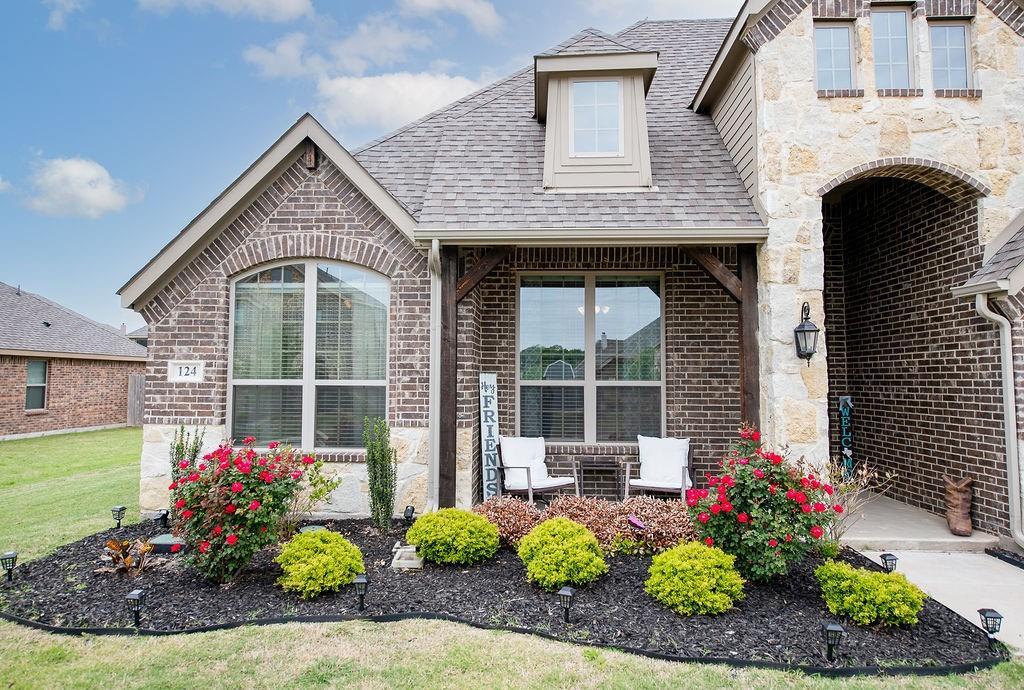 124 Haymeadow  Drive, Crandall, Texas 75114 -