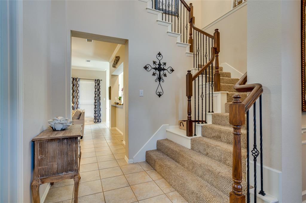 2000 Ledgestone  Drive, Corinth, Texas 76210 - acquisto real estate best frisco real estate agent amy gasperini panther creek realtor