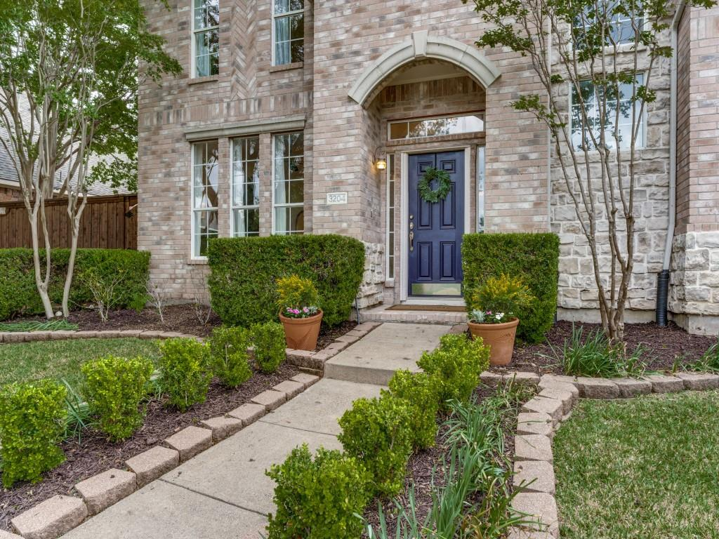 3204 Abingdon  Drive, Richardson, Texas 75082 - acquisto real estate best flower mound realtor jody daley lake highalands agent of the year