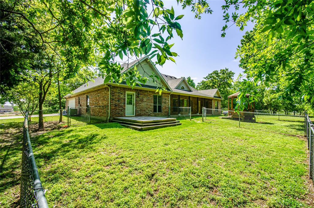 659 Gould  Street, Pilot Point, Texas 76258 - acquisto real estate mvp award real estate logan lawrence