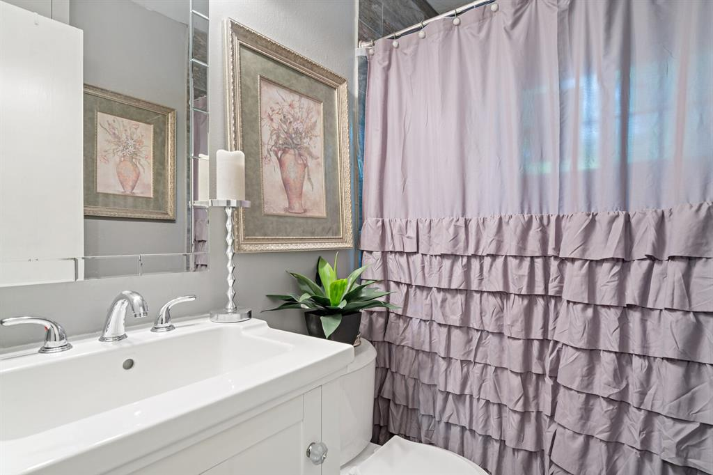 268 Crockett  Street, Lone Star, Texas 75668 - acquisto real estate best realtor westlake susan cancemi kind realtor of the year