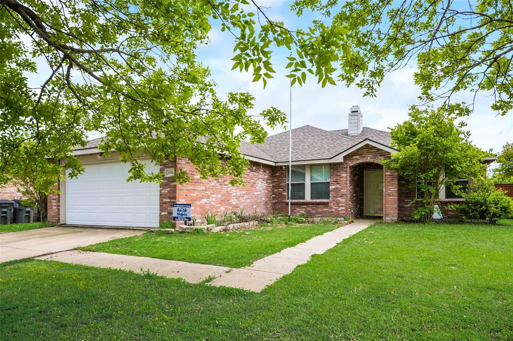 2932 Jamestown  Drive, Wylie, Texas 75098 - acquisto real estate best the colony realtor linda miller the bridges real estate