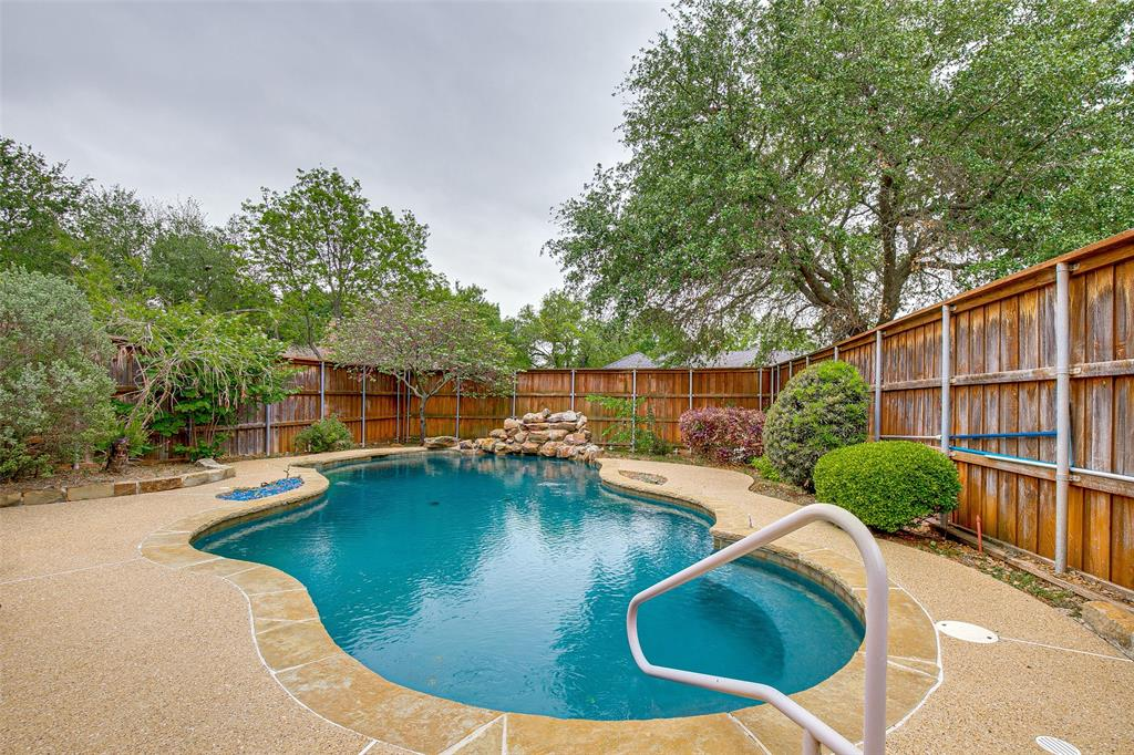 1420 Scarboro Hills  Lane, Rockwall, Texas 75087 - acquisto real estate best park cities realtor kim miller best staging agent