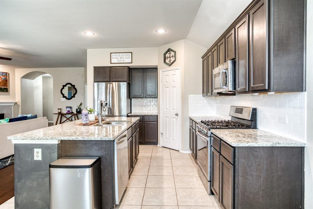 1610 Ringtail  Drive, Wylie, Texas 75098 - acquisto real estate best listing listing agent in texas shana acquisto rich person realtor