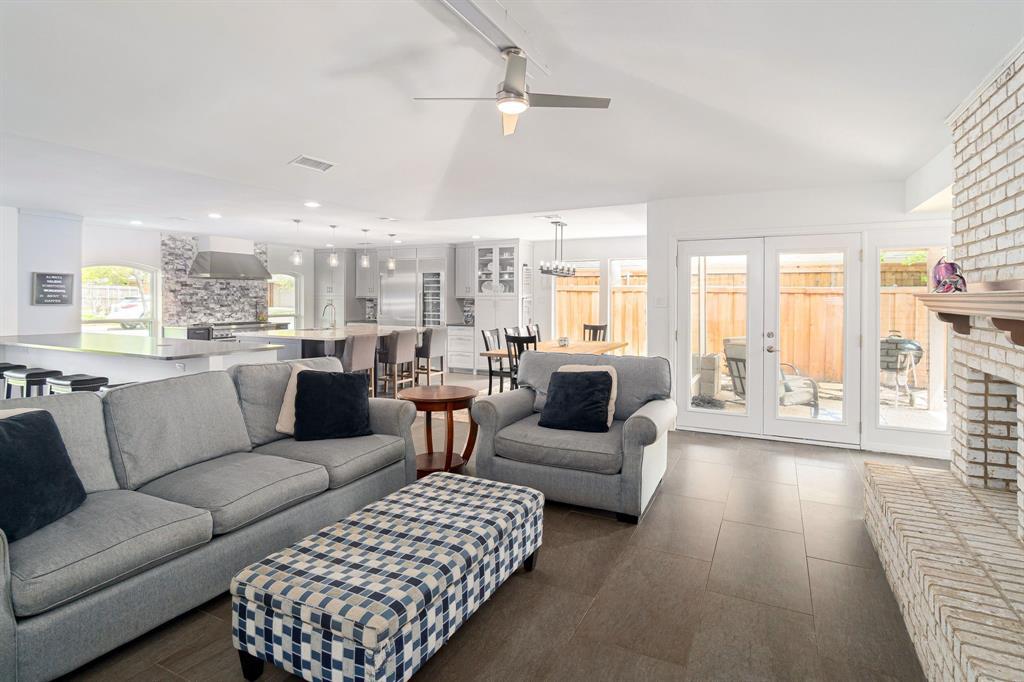 6802 Duffield  Drive, Dallas, Texas 75248 - acquisto real estate best photos for luxury listings amy gasperini quick sale real estate