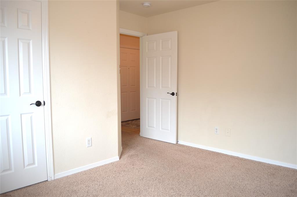 4500 Ashbury  Lane, Mansfield, Texas 76063 - acquisto real estate best realtor dfw jody daley liberty high school realtor