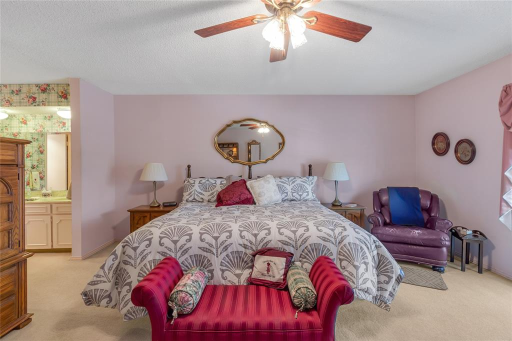 5925 Copperwood  Lane, Dallas, Texas 75248 - acquisto real estate best real estate company to work for