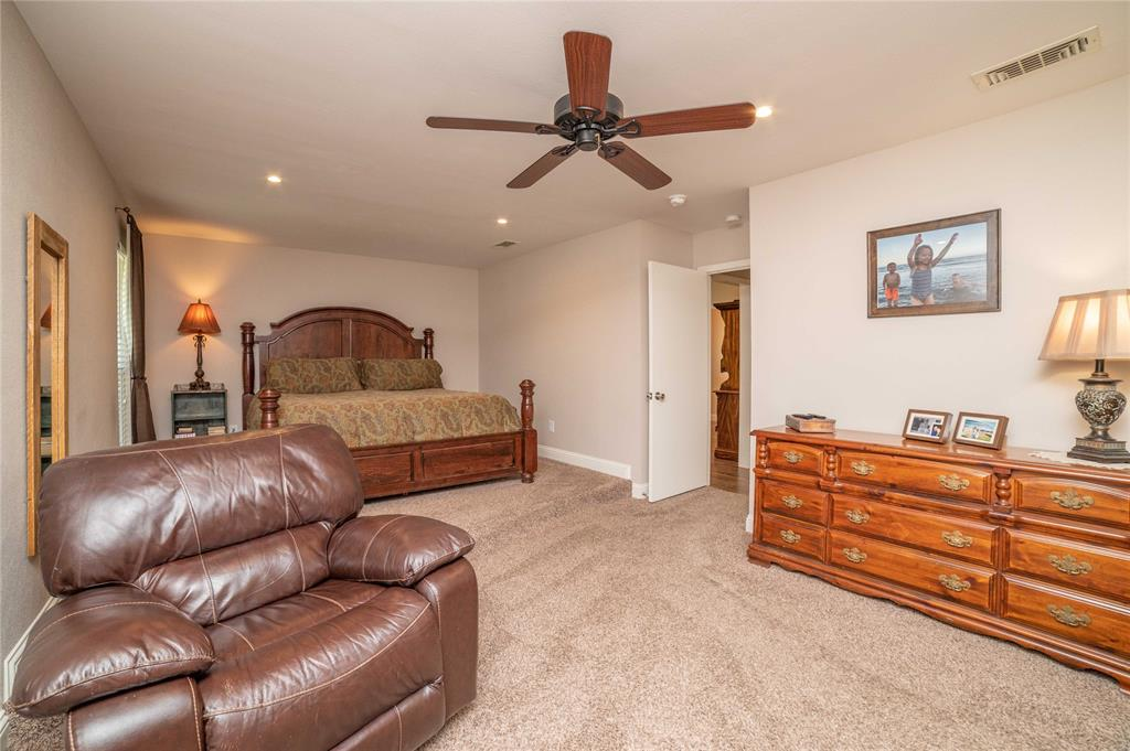 2426 Sherwood  Drive, Grand Prairie, Texas 75050 - acquisto real estate best realtor dallas texas linda miller agent for cultural buyers