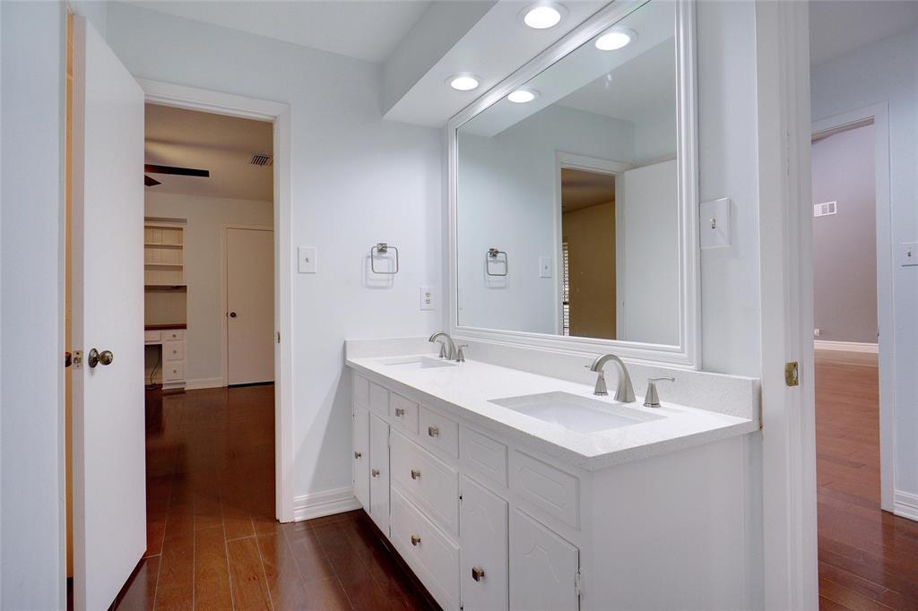 500 Skyridge  Drive, Argyle, Texas 76226 - acquisto real estate best investor home specialist mike shepherd relocation expert