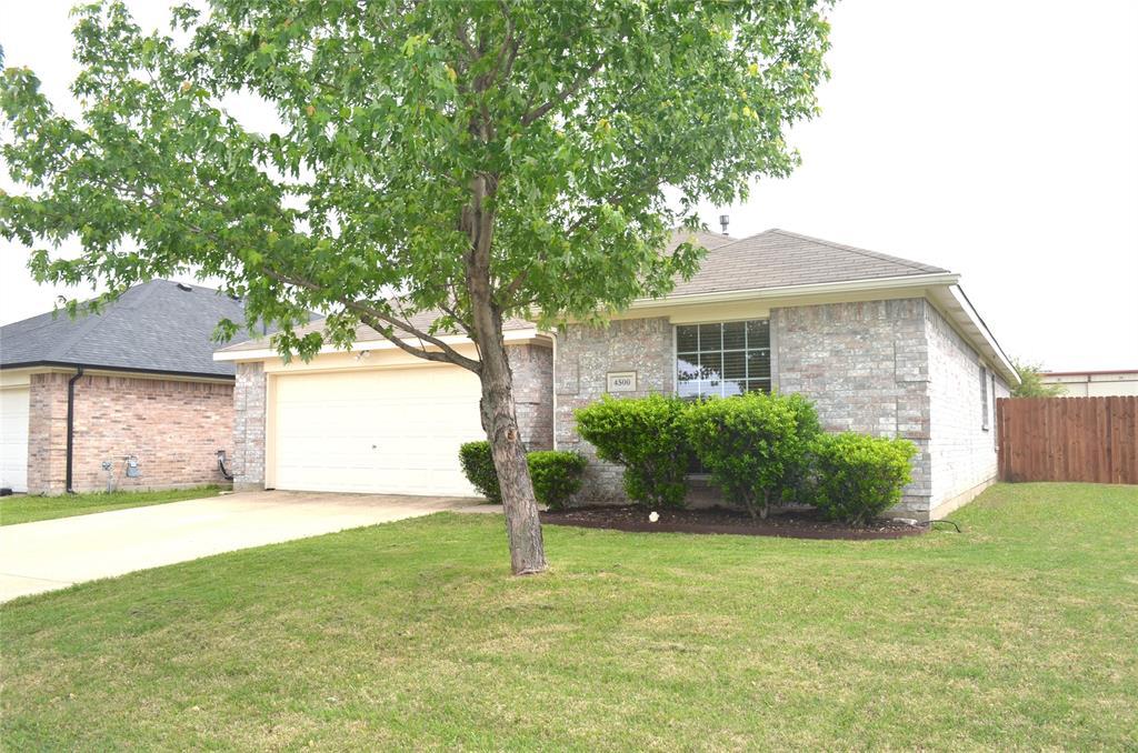 4500 Ashbury  Lane, Mansfield, Texas 76063 - acquisto real estate best allen realtor kim miller hunters creek expert