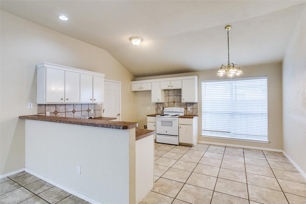 10632 Shadywood  Drive, Fort Worth, Texas 76140 - acquisto real estate best listing listing agent in texas shana acquisto rich person realtor
