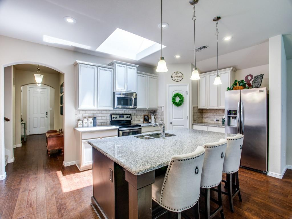 10413 Turning Leaf  Trail, Fort Worth, Texas 76131 - acquisto real estate best flower mound realtor jody daley lake highalands agent of the year