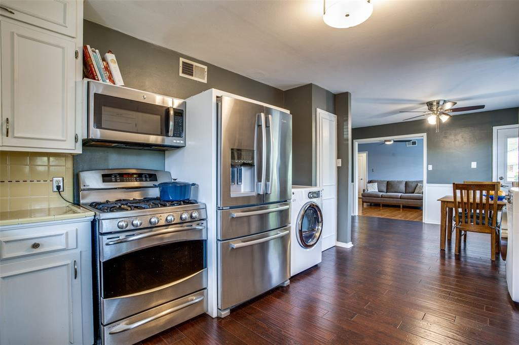 406 Frances  Way, Richardson, Texas 75081 - acquisto real estate best new home sales realtor linda miller executor real estate