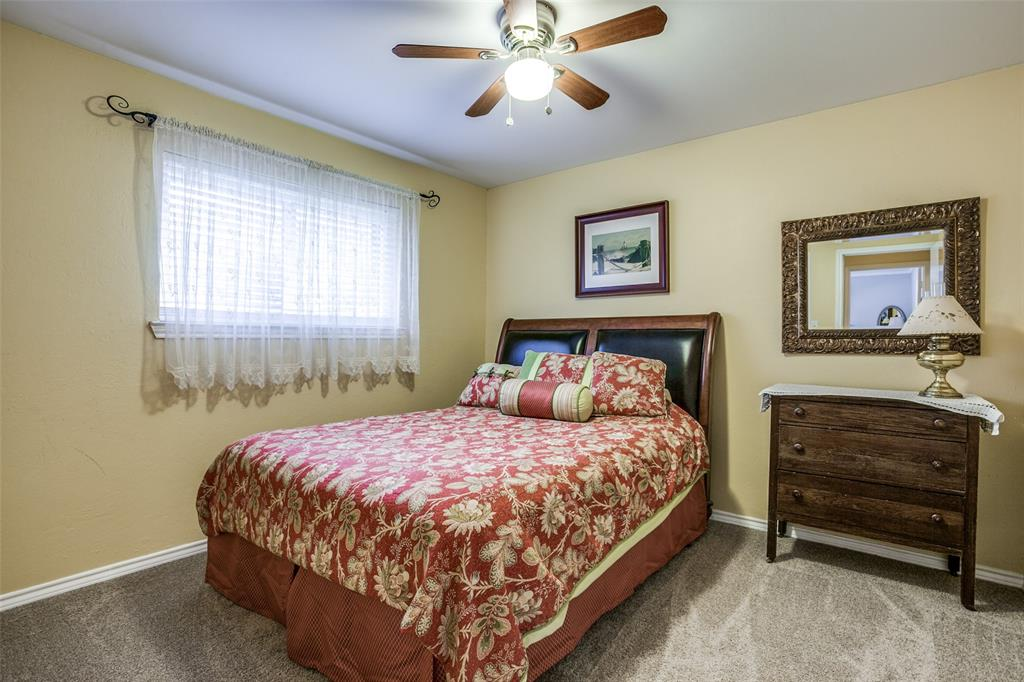 106 Forest  Lane, McKinney, Texas 75069 - acquisto real estate best new home sales realtor linda miller executor real estate
