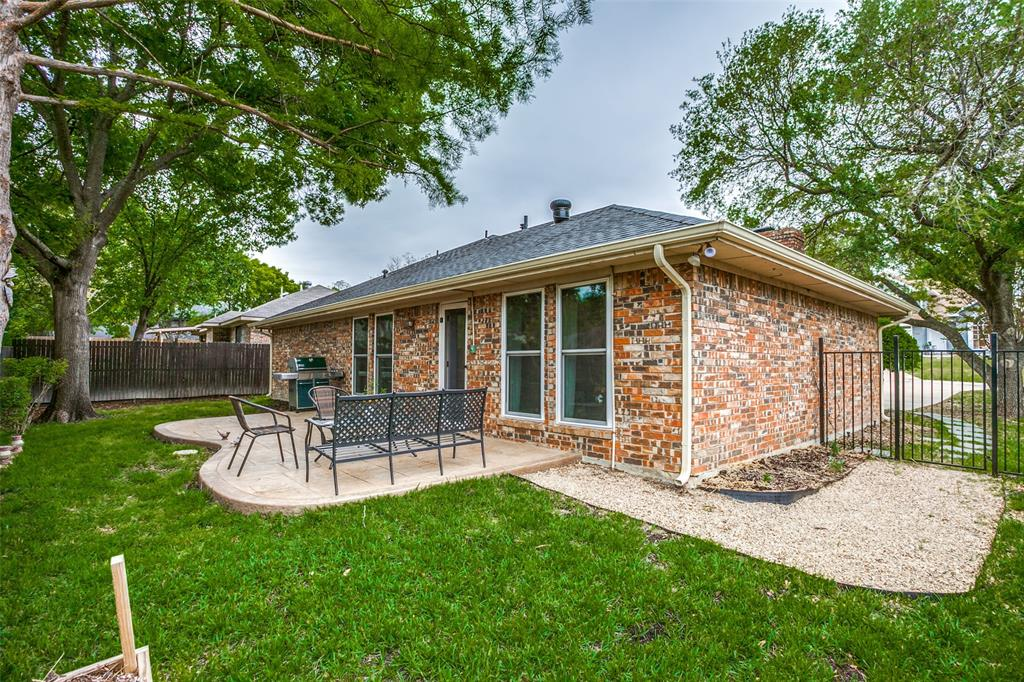 106 Forest  Lane, McKinney, Texas 75069 - acquisto real estaet best boutique real estate firm in texas for high net worth sellers