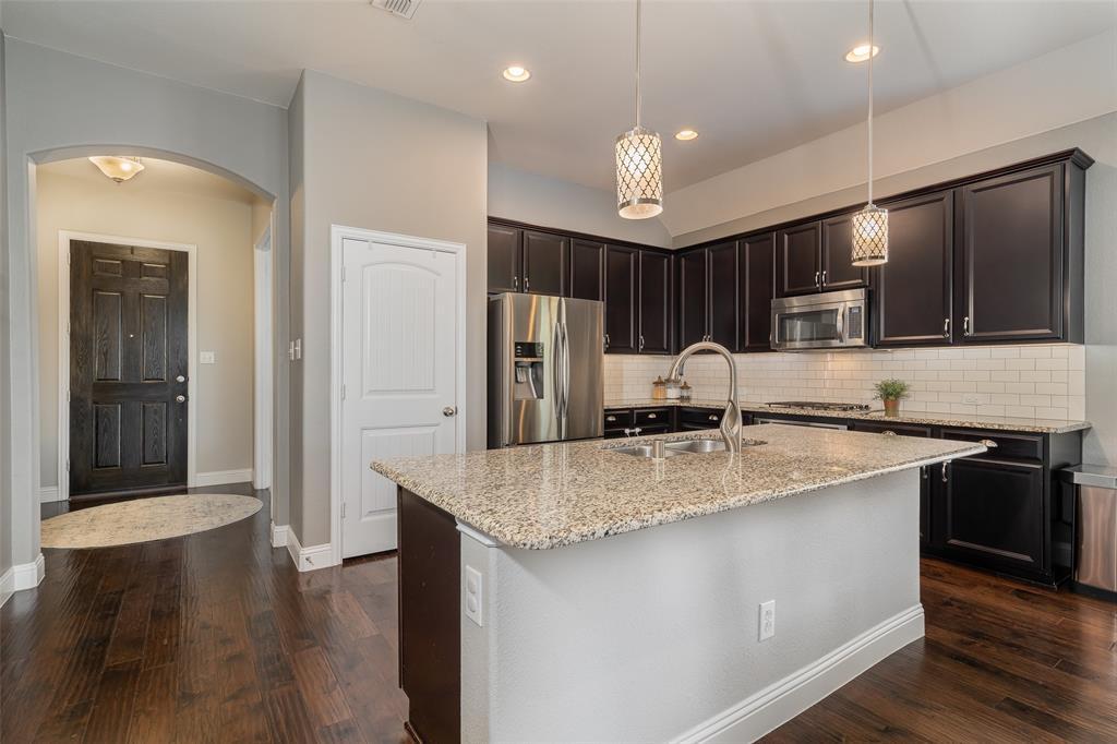600 Sundrop  Drive, Little Elm, Texas 75068 - acquisto real estate best celina realtor logan lawrence best dressed realtor