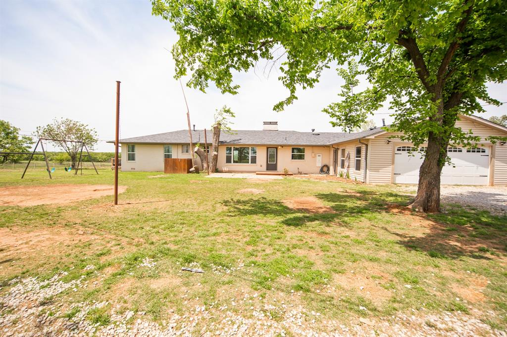138 Silver  Street, Bowie, Texas 76230 - acquisto real estate best highland park realtor amy gasperini fast real estate service