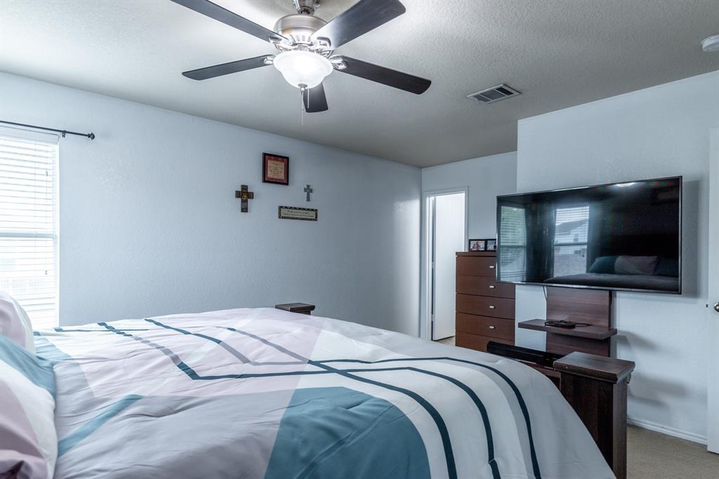 1824 Vineridge  Lane, Burleson, Texas 76028 - acquisto real estate best realtor dfw jody daley liberty high school realtor