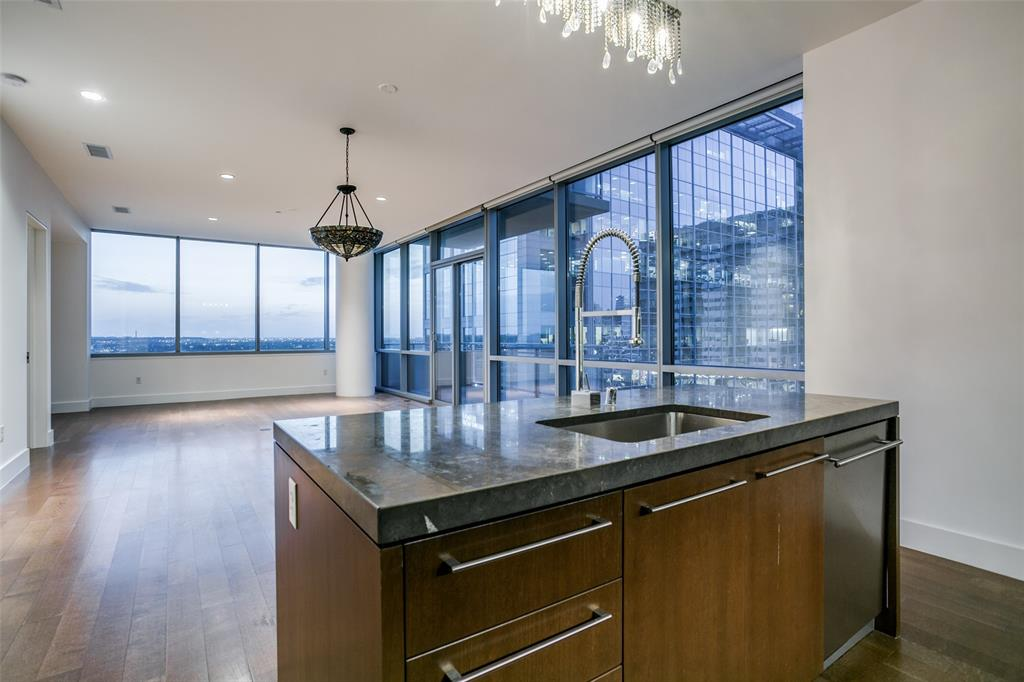 2200 Victory  Avenue, Dallas, Texas 75219 - acquisto real estate best flower mound realtor jody daley lake highalands agent of the year