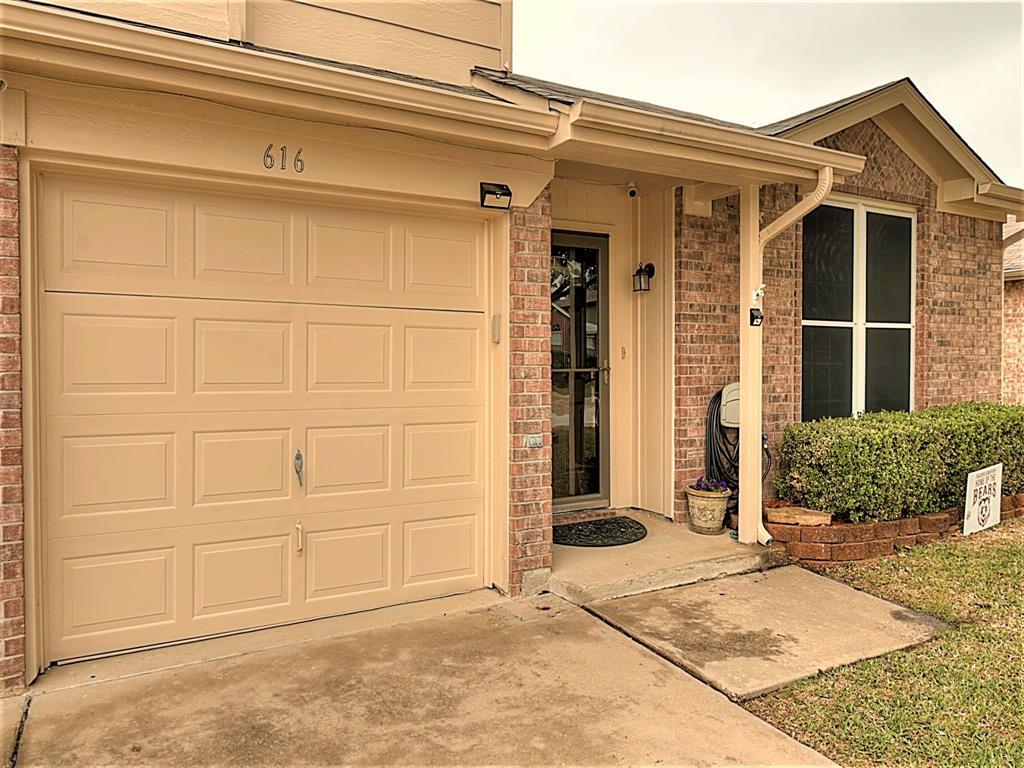 616 Creekview  Drive, Burleson, Texas 76028 - acquisto real estate best allen realtor kim miller hunters creek expert