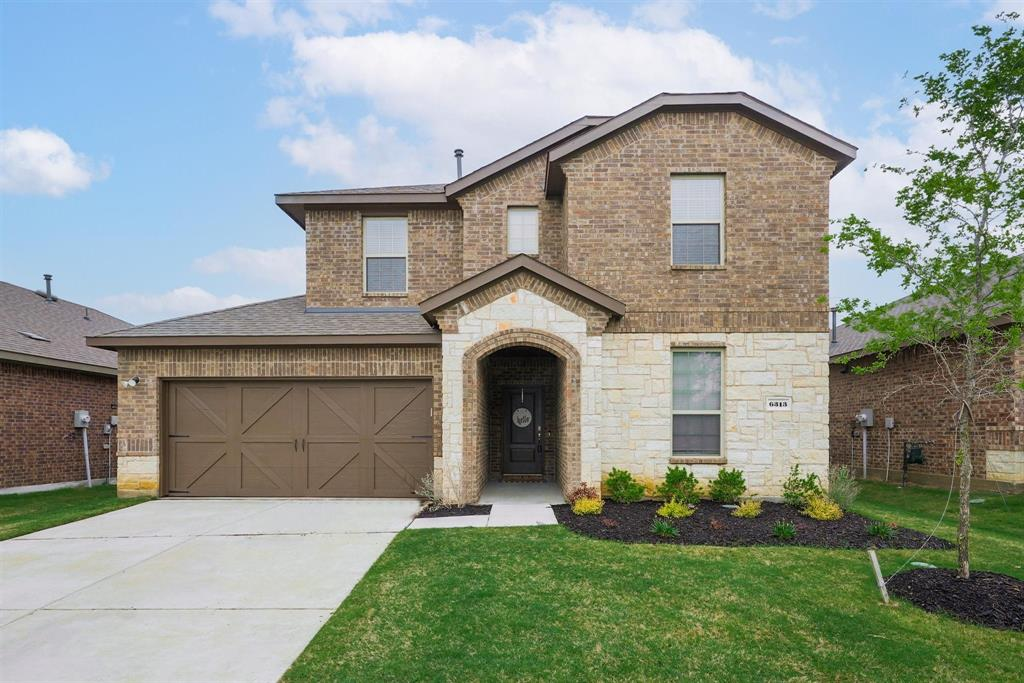 6313 Crownmere  Drive, Aubrey, Texas 76227 - Acquisto Real Estate best plano realtor mike Shepherd home owners association expert