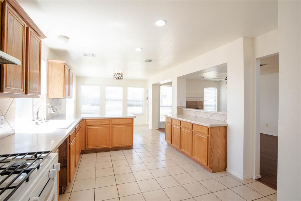 5953 Bridal  Trail, Fort Worth, Texas 76179 - acquisto real estate best listing listing agent in texas shana acquisto rich person realtor