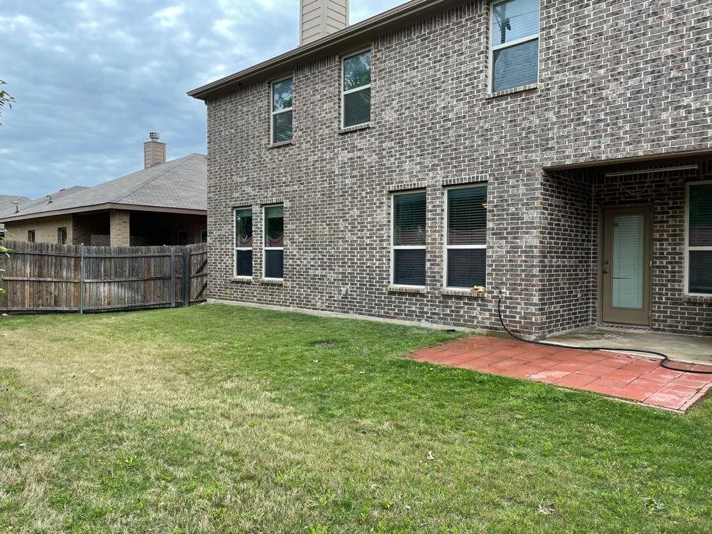 2724 Triangle Leaf  Drive, Fort Worth, Texas 76244 - acquisto real estate best looking realtor in america shana acquisto