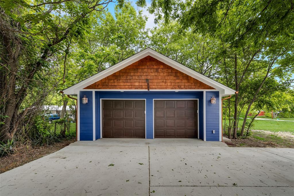 303 S. Walker  Street, Dallas, Texas 75149 - acquisto real estate best realtor dfw jody daley liberty high school realtor